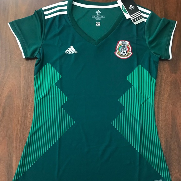 2018 women's Mexico soccer jersey